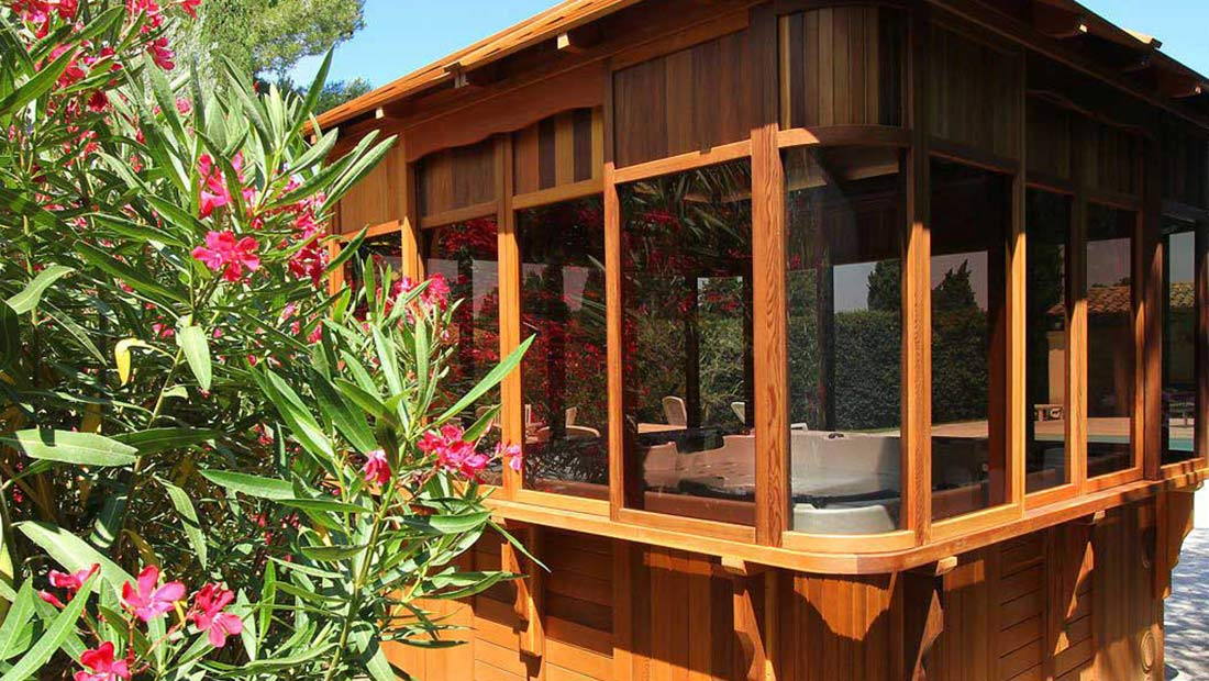 Garden Buildings, Summerhouses, Garden Office & Hot Tub Enclosures in London
